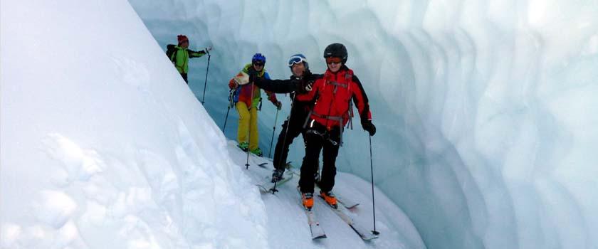 Gletscherabfahrten-Skiführer Bergführer Zermatt