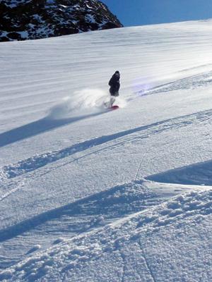Off Piste-Freeride-Snowboard Instructor Zermatt